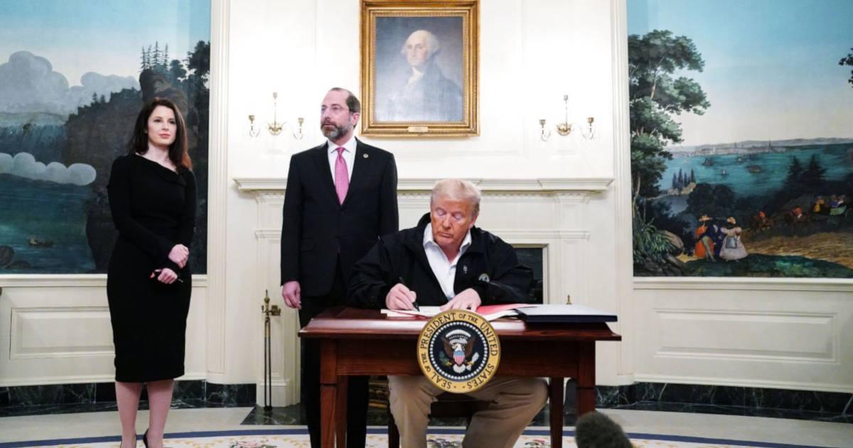 Trump approva legge per affrontare emergenza coronavirus