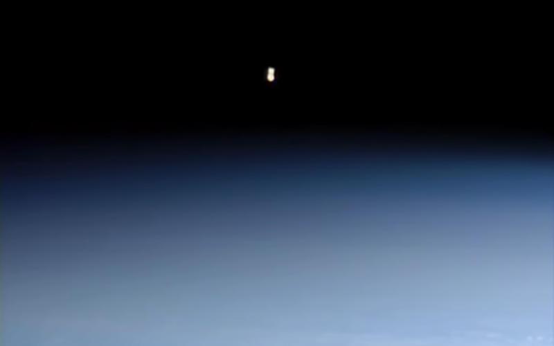 UFO filmato in diretta dalla NASA