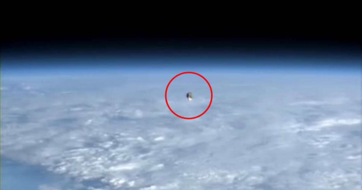 Ufo filmato dalla NASA dalla stazione internazionale ISS