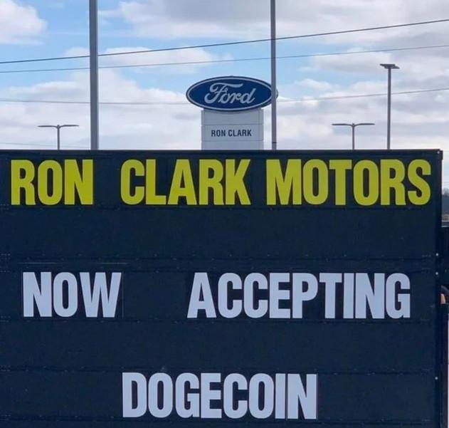 Concessionario di auto americano che accetta Dogecoin come metodo di pagamento